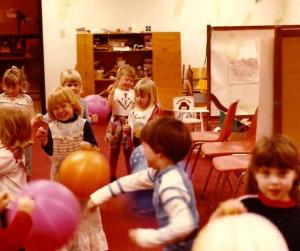 Angie_preschool_balloons_2